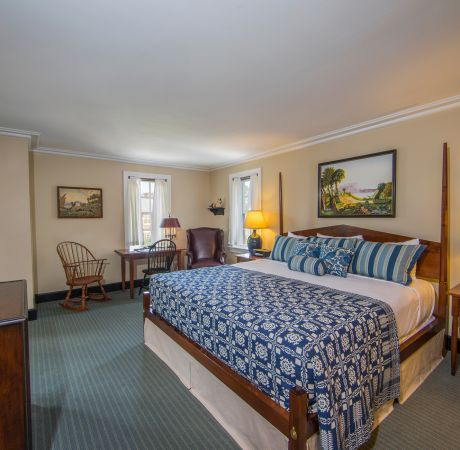 Williamsburg Lodge Suite1
