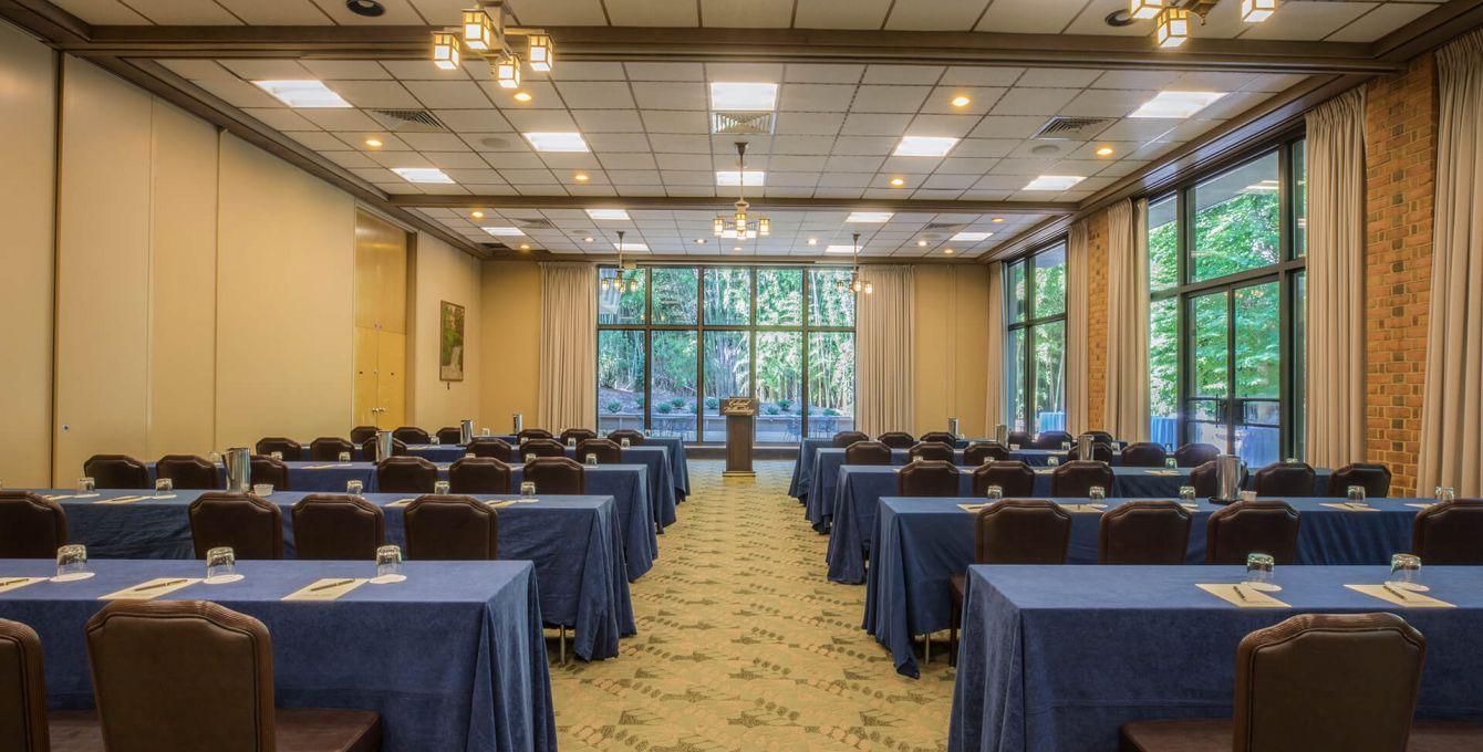 Woodlands Cascades Meeting Room2