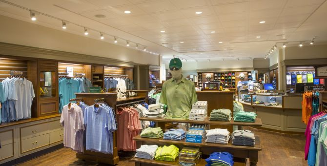 golf store shirt display
