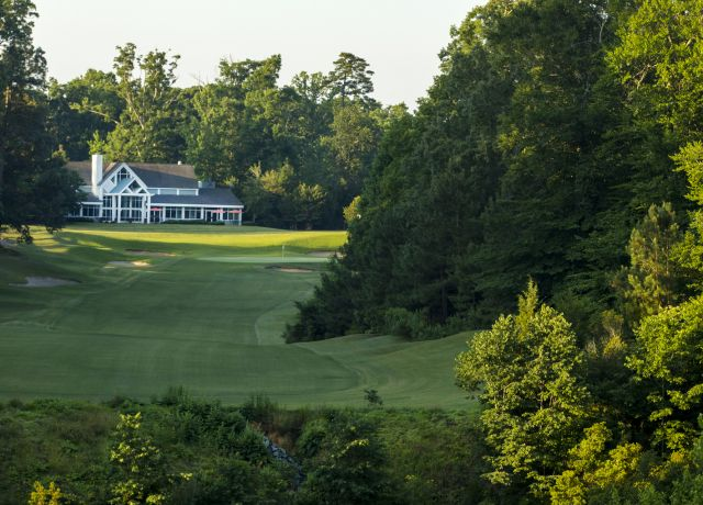 Green course, clubhouse and fairway at Colonial Williamsburg, VA