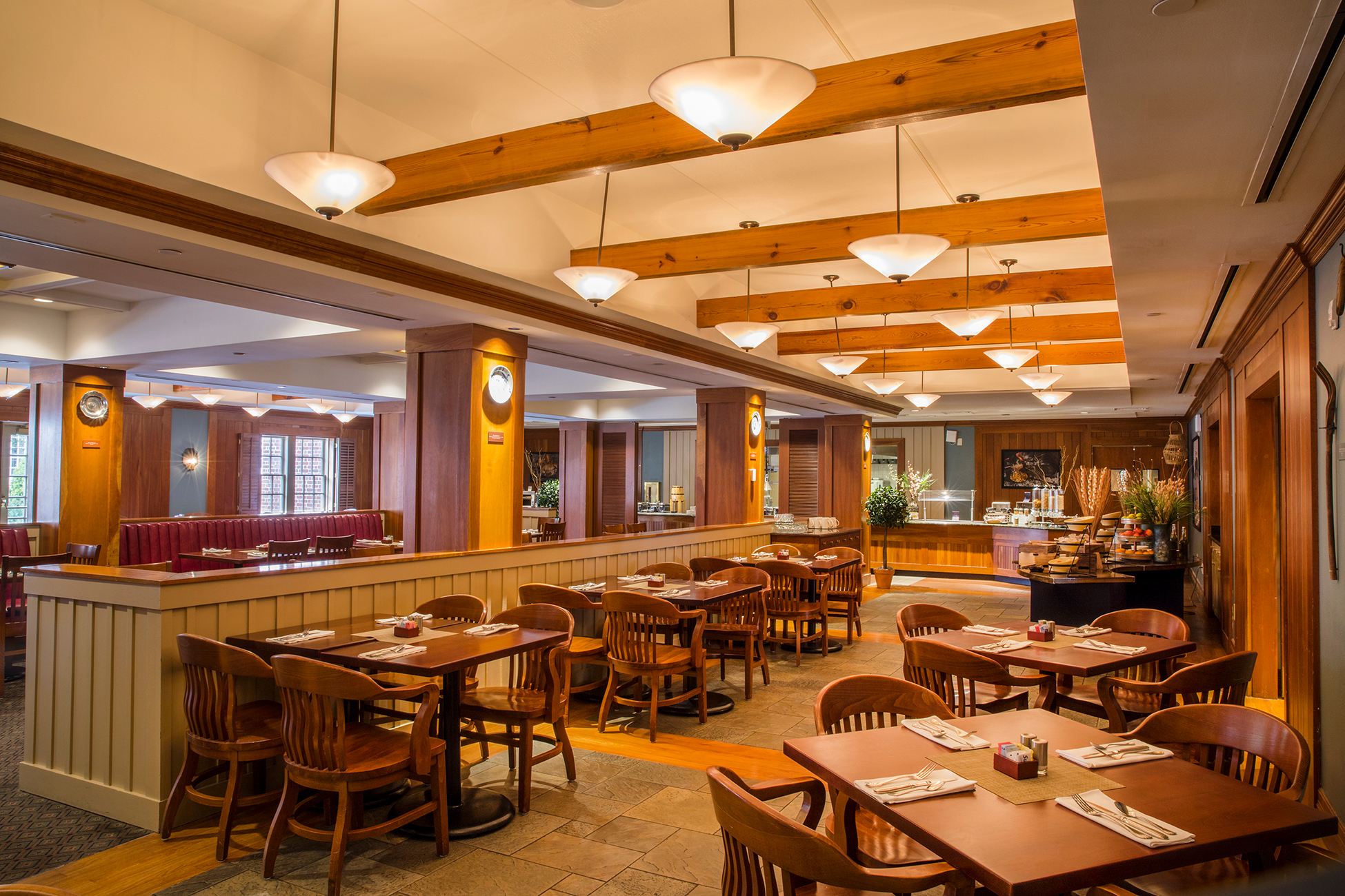 Traditions Restaurant At Williamsburg Lodge Colonial
