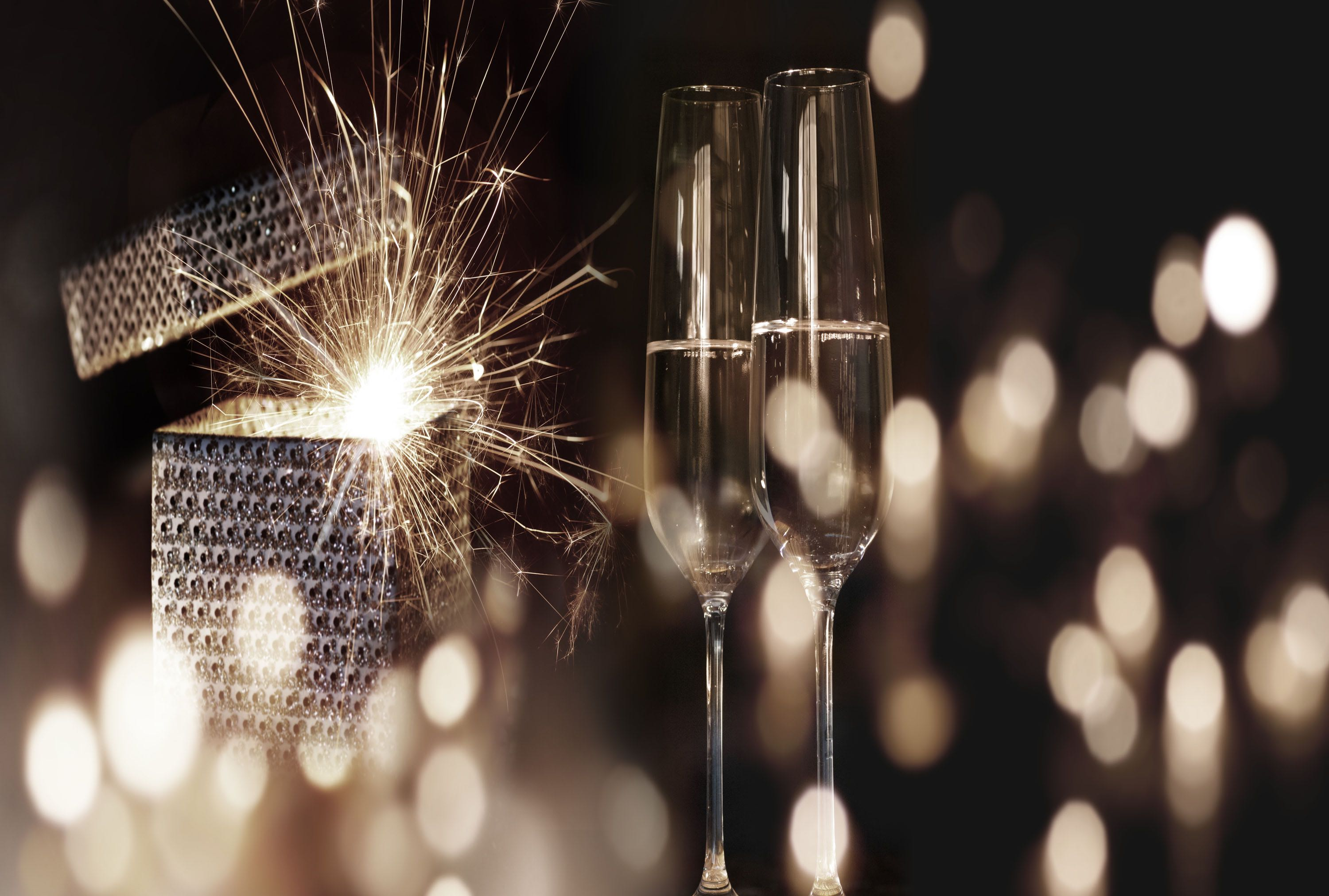 New Years Eve Essentials: Sparkling Wine & Fireworks